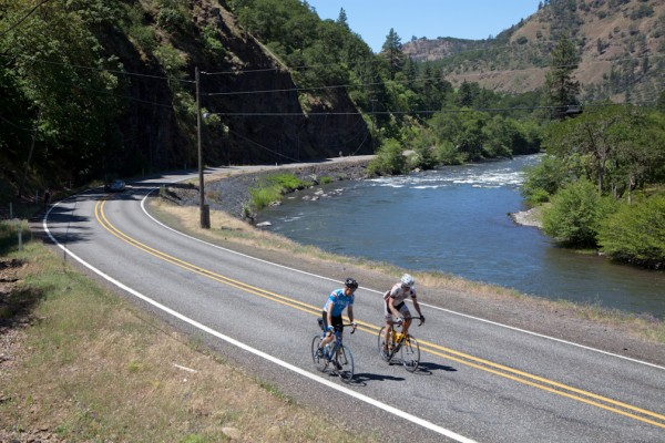 Cycling along Klickitat
